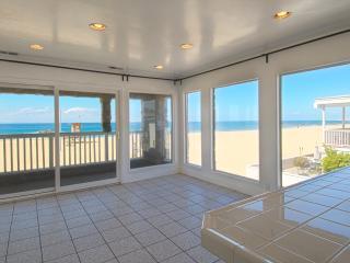 3515 B Seashore - Upper 4 Bedroom 3 Bath, Newport Beach