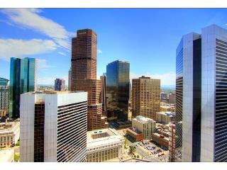 Luxury 1 bedroom Atop Ritz Carlton Downtown Denver