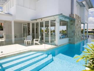 Noosa Villa 5240 - 4 Beds - Queensland