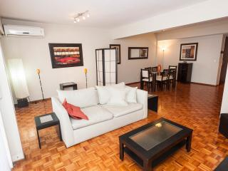 Heart of Recoleta. Deluxe 2 bedrooms. Best place, Buenos Aires