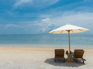Villa Batujimbar - Beach sun loungers