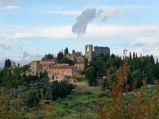 Castello Montelifré, San Giovanni d'Asso