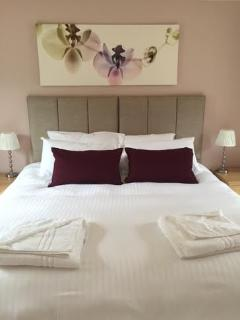 Luxury super king / Twin rooms , high quality mattresses (new summer2015)