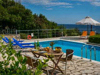 PERFECT SUMMER ESCAPE VILLA VENTURA, Skala