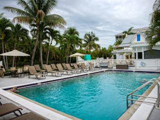 Olde Marco! Great December Holiday Rates!
