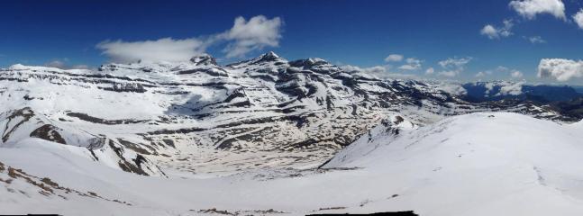 Parque Nacional de Ordesa y Mte. Perdido. 1 hora en coche