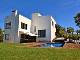 CB440 - A five star designer villa to enjoy!