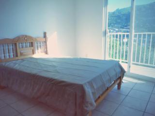 Upper furnished duplex, Zihuatanejo