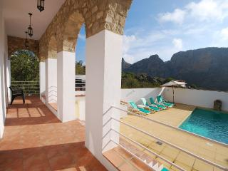 Los Arcos, a luxury retreat for family and friends, Montejaque