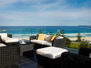 BONDI BREAKER - Contemporary Hotels, Bondi