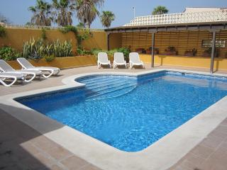 Villa Esselle, Golf del Sur