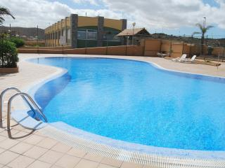 Brisa apartment with communal pool