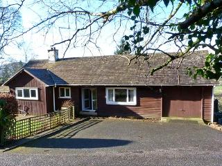 CRAIGLURE, pet-friendly, country holiday cottage, with a garden, in Gatehouse Of Fleet, Ref 927313, Gatehouse of Fleet