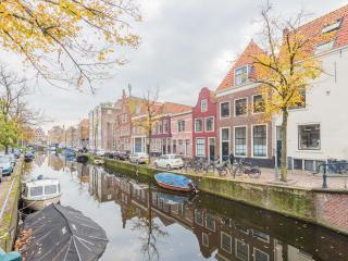Luxury apartment Bakenessergracht