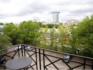 Fulham/Chelsea 2 Bedroom 2 Bathroom with Balcony (3983), London