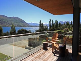 Centrally located and across the road from Lake Wanaka with stunning views.