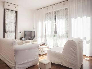 Casa Ada romantic and bright flat in Lecco