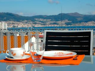 Penthouse in the center: terrace, sea views, WiFi., Vigo