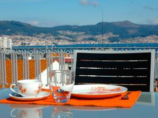 Penthouse in the center: terrace, sea views, WiFi., Vigo