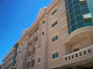 In residence with swimming pool 2-room apartment with balcony, Hurghada