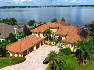 Waterfront mansion for long term rental, Winter Haven