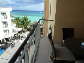 Beachfront 1 bedroom apartment, Playa del Carmen