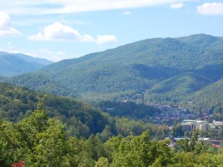 Sensational View - Best view, location & value, Gatlinburg