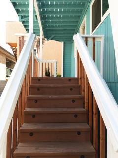 Inboard Home Just Steps From the Sand