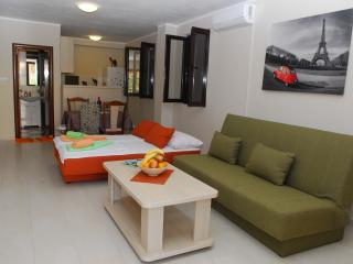 Comfortable apartment in Tivat