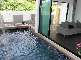 Luxury Blue Sea Pool Villa in Phuket