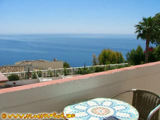 Casa Estrella *** Marte *** Beach View Apartment, Almunecar