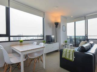 Central CBD 2BR-2BTH Apartment + Stunning View, Melbourne