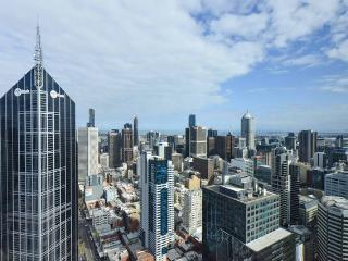 Central CBD 2BR-2BTH Apartment + Stunning View