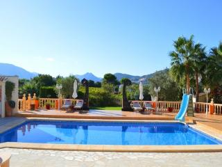 La Hacienda -  Luxury holiday villa Sleeps 8 to 10