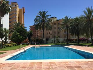 Spacious 3 bed apartment, Torremolinos