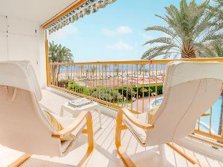Niza apartment: front beach, pool, tennis, Alicante