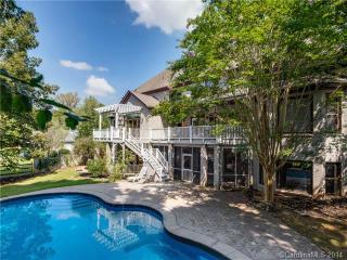 Charlotte 6000sf Estate Home 6BR 3.5BA 1.25 Acres