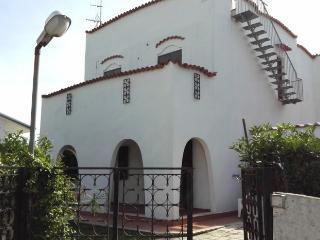 VILLA DEL PRINCIPE a modern house for your holiday, Terracina