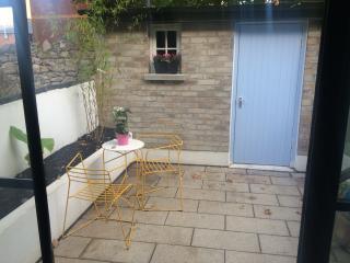 WEB SUMMIT- 10MINS Cute Red Brick Entire House, Ranelagh