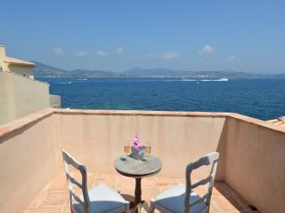 Romantic sea view in central Saint Tropez, Saint-Tropez