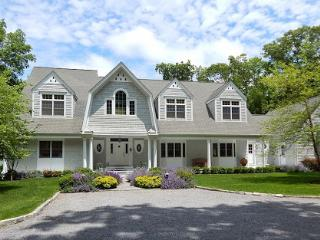 Designer Hamptons Villa- Steps to the Bay, Sag Harbor
