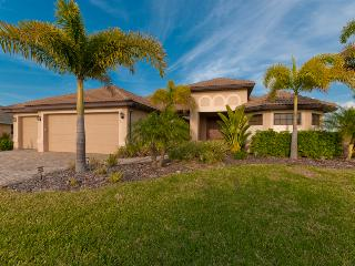 ^^^^Villa Aquaventura ~BOOK LOW Nightly $98~sleeps 6 Gulf Access Canal^^^^, Cape Coral
