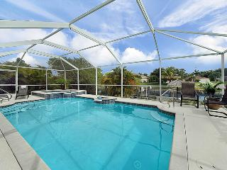 Villa Dantasy Gulf Access JUST UPDATED! SUMMER/FALL PROMOTION!!, Cape Coral