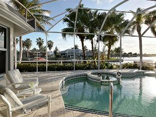 Villa Four Mile Cove - Roelens Vacations