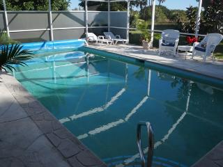 Villa Palmtree 3 bdrm~ $600 Per Week!! Vintage Florida Charm!
