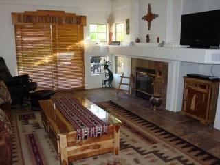 Very cute condo with a touch of the Southwest centrally located in West Sedona! JASMINE - S090