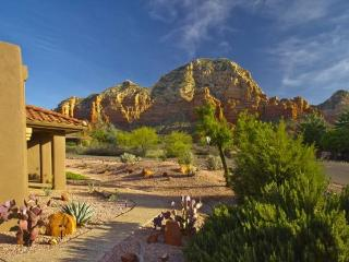 Contemporary Ranch Home sits on a 1/3 acre with Post-Card Views!, Sedona