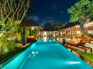 Seminyak Villa 331 - 5 Beds - Bali