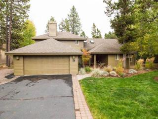 16 Dutchman Lane, Sunriver