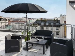 Spacious Wenceslas Square B711 apartment in Nove Mesto with WiFi, roof terrace,